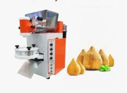 Máquina de fazer salgados e doces
