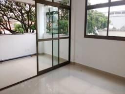Título do anúncio: Apartamento à venda, 3 quartos, 1 suíte, 3 vagas, Coração Eucarístico - Belo Horizonte/MG