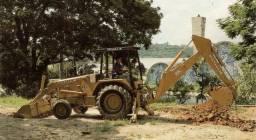 Retroescavadeira Fiat FB80 ano 1995. Pronta para trabalhar !!!