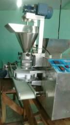 Modeladora de salgados c/ empanadeira