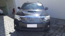 Hilux sw4 srv 4x4 7 lugares - 2012