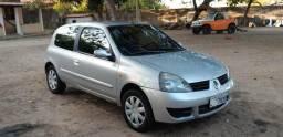 Clio 2012. 13km/L com ar-c - 2012