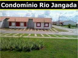 Casa com corredor de 03 quartos no Condomínio Rio Jangada