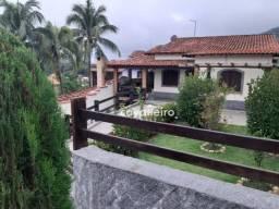 Casa com 3 dormitórios à venda, 283 m² com Piscina e Churrasqueira - Flamengo - Maricá/RJ