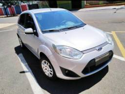 Ford Fiesta 14/14 SE - 2014