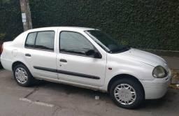 Clio Sedan - 2001