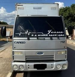 Vende-se Caminhão Ford Cargo 712 - 2009
