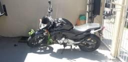 Honda CB300R Preta Único Dono - 8.000
