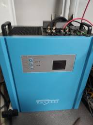 Inversor híbrido SERRANA (inversor / fonte e controlador de carga de energia solar)