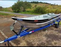 Barco de aluminio naval 6 mts