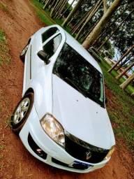 Renault Logan COMPLETO ipva pago 5 mil abaixo da tabela. Sem débitos