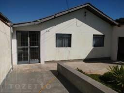 Casa Usada para Venda em Ponta Grossa, Contorno, 4 dormitórios, 1 banheiro, 2 vagas