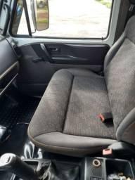 Caminhão VW 8160