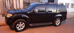 Camionete Nissan Frontier Pathfinder