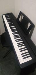 Piano Digital Yamaha P-45B + Estante Yamaha L85P