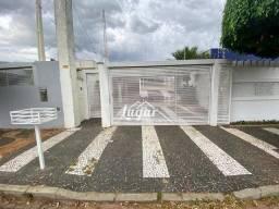 Casa com 3 dormitórios para alugar, 310 m² por R$ 3.500,00/mês - Jardim Maria Izabel - Mar