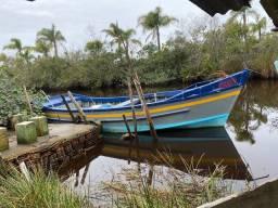 Barco pesqueiro motor diesel