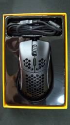 Mouse Gamer Glorious PC Gaming Race Model D- Minus, RGB, 6 Botões, 12000DPI
