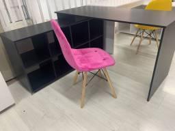 Escrivaninha com nicho + Cadeira Eiffel estofada pronta entrega