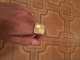 Dedeira de moeda antiga