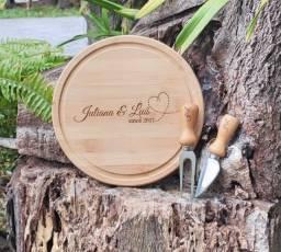 Kit para queijo em Bambu/ Inox - 3 peças Personalizado