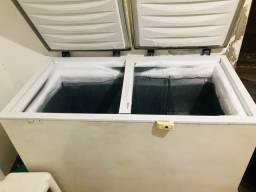 Freezer  seminovo  GELA MUITO !!!!