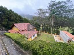 Título do anúncio: Casa Padrão para Venda em Golfe Teresópolis-RJ - CA 2166