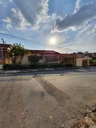 Casa à venda com 3 dormitórios em Santa amélia, Belo horizonte cod:409