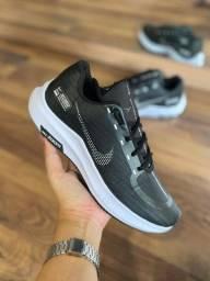 Título do anúncio: Tênis Nike Zoom Shield - 160,00