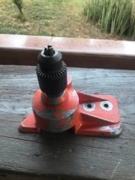 Perfurador de motosserra