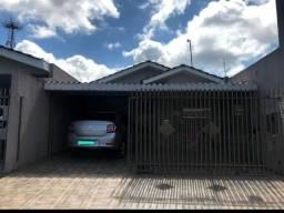 Vendo casa na Vila Bela ótima localização, perto de igreja, escola, supermercado