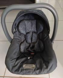 Bebê Conforto e Kit de Bolsas Maternidade