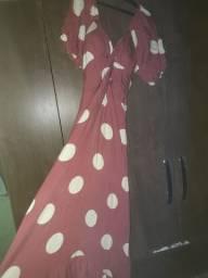 Vendo vestido usado uma só vez tamanho G interessados chamar no whats * ou chat