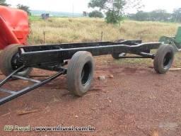 Carreta de tanque agrícola de 3 mil (usada)