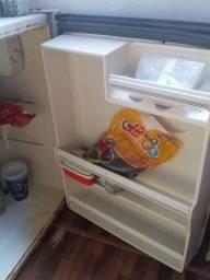 Vendo esse frigobar