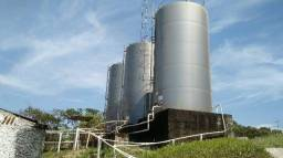 Fonte e Indústria para engarrafamento de água mineral