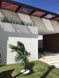 Casa Nova em Condomínio Fechado!