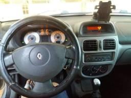 Renault/clio sedan previlege 1.6/2009 vendo/financio