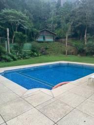 Casa para fim de semana com família e amigos - Até 25 pessoas - Petrópolis