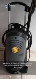 Lavadora profissional de alta pressão da marca karcher. Ex: semi- nova