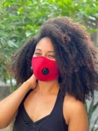 Máscara com respiradores