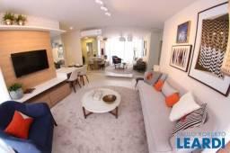 Apartamento à venda com 3 dormitórios em Centro, Florianópolis cod:596735