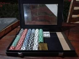 450 fichas de poker + 2 baralhos (1 dourado)