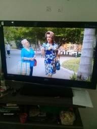 TV 32' lcd novíssima televisão