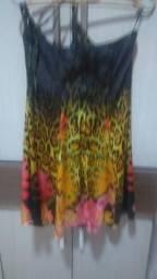 Lindo vestido estampado que deixa o corpo perfeito