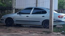 Carro Renault 2002