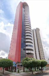 Apartamento com 4 suítes situado no Jóquei.