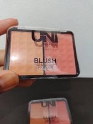 Blush uni makeup