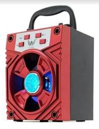 A caixa de som bluetooth INOVA