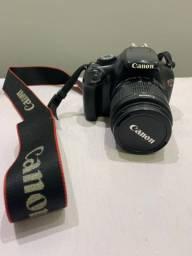 Câmera profissional - Canon EOS Rebel T3